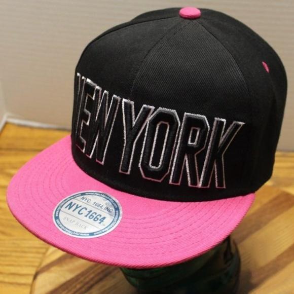 10355a9fb New NEW YORK SnapBack Cap Black & Pink